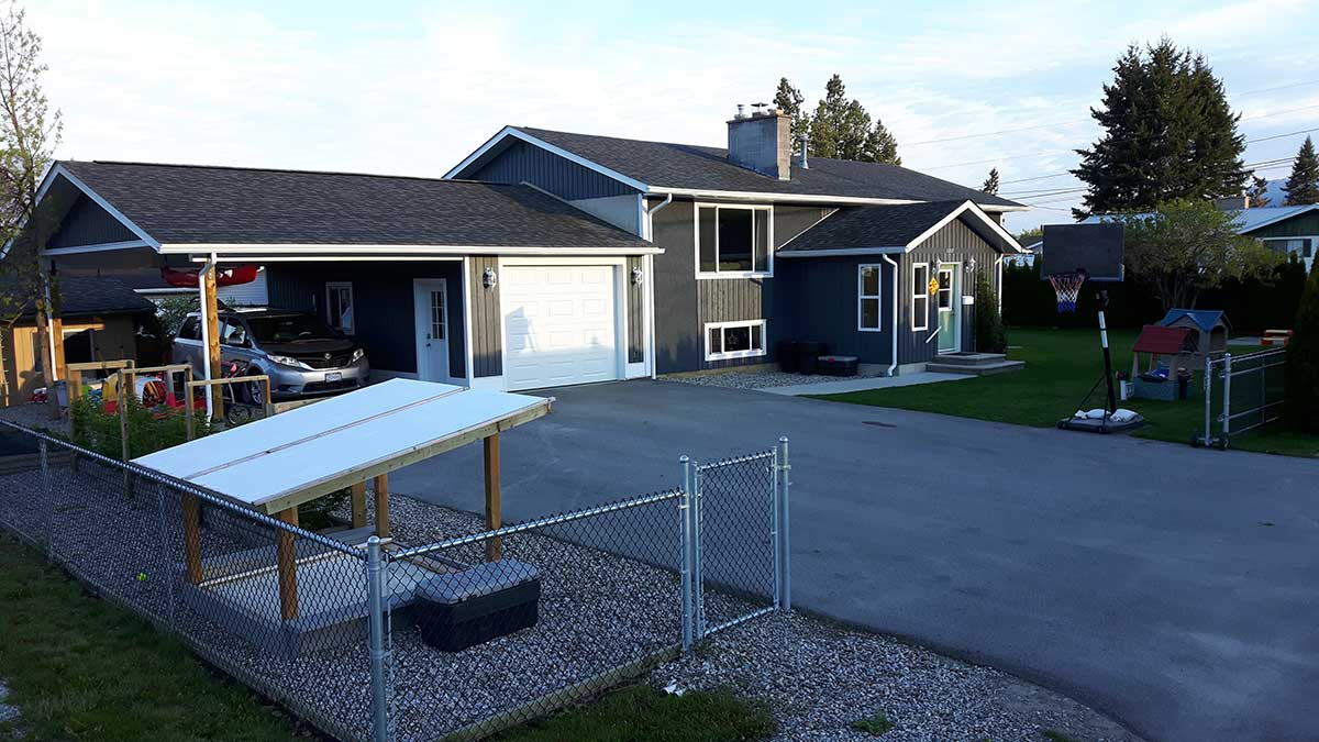 Creston bc real estate for sale canada private homes for for Icf houses for sale