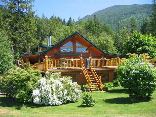 Kootenay lake log house private home and property sales by for Canadian cabins for sale