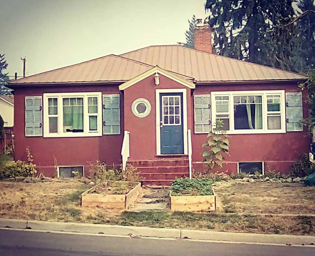 Creston BC Real Estate For Sale Canada - Private Homes For Sale